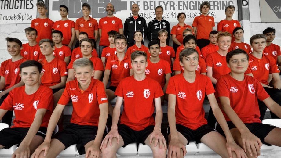 U17 voetbalgroep KFC Eendracht Zele